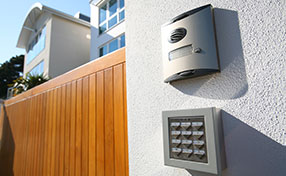 The Best Accessories for Electric Gates